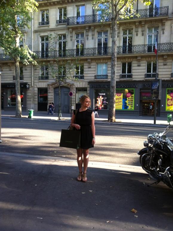 Trendy Grüße aus Paris